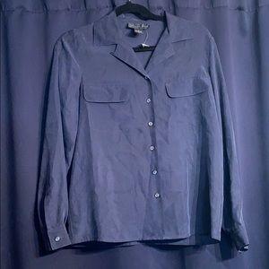 🌸NWOT AUGUST SILK button down blouse